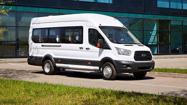 Аренда микроавтобусов с водителем и без - плюсы и минусы
